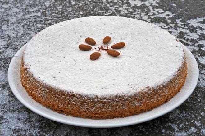 Torta mandorle zafferano
